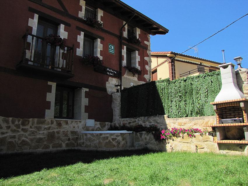 Hoteles y casas rurales en a ana casa rural madera y sal - Casas rurales madera ...